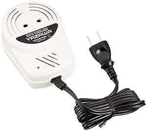 ヤザワ 海外電気製品用変圧器 AC220V-240V 容量100Wまで 本体プラグA 差込口プラグ形状B・C・SE コードあり(コード長135mm) HTUC240V100W
