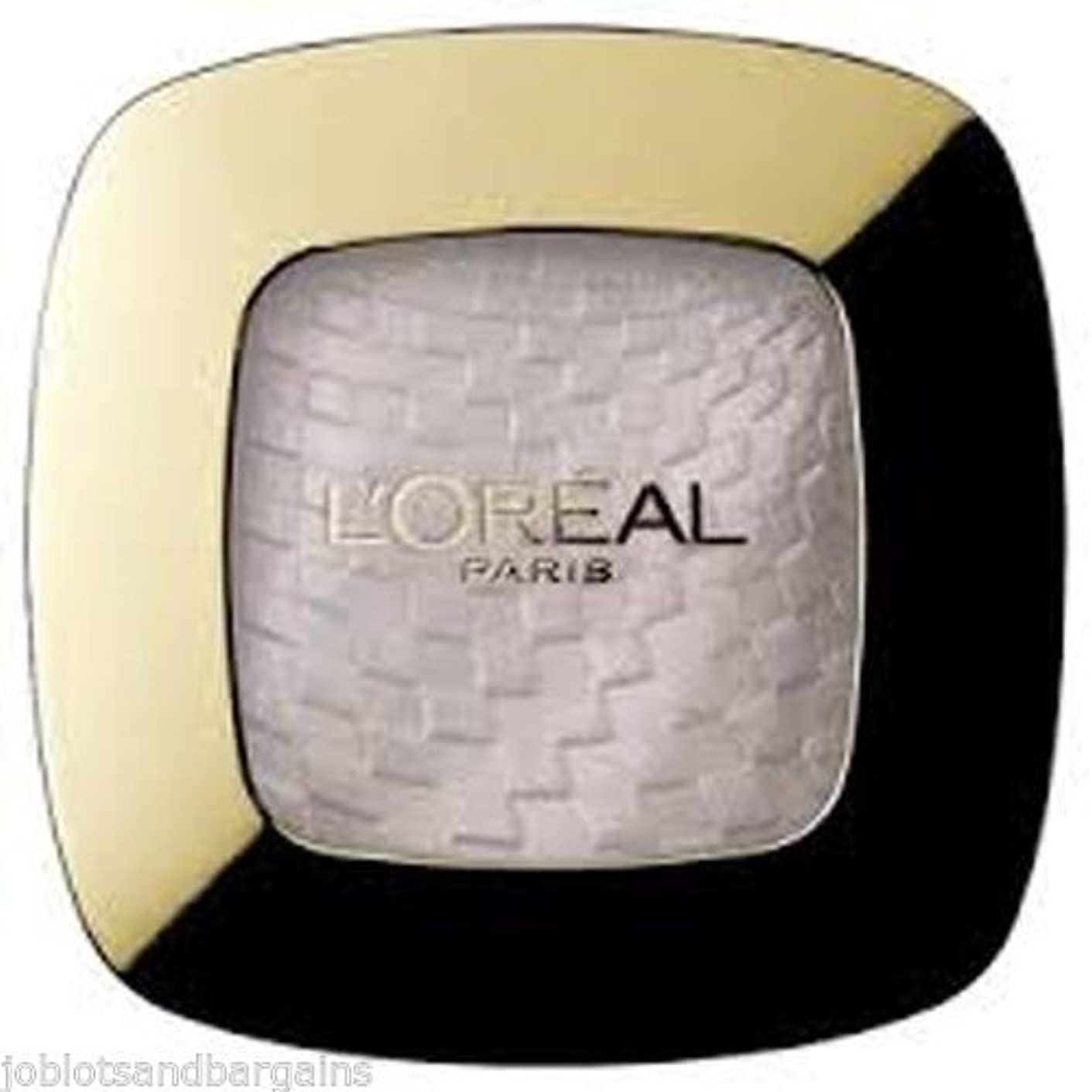 均等にズームインするハイライトLoreal Color Riche Cameleon Mono Eyeshadow Opalescent 600