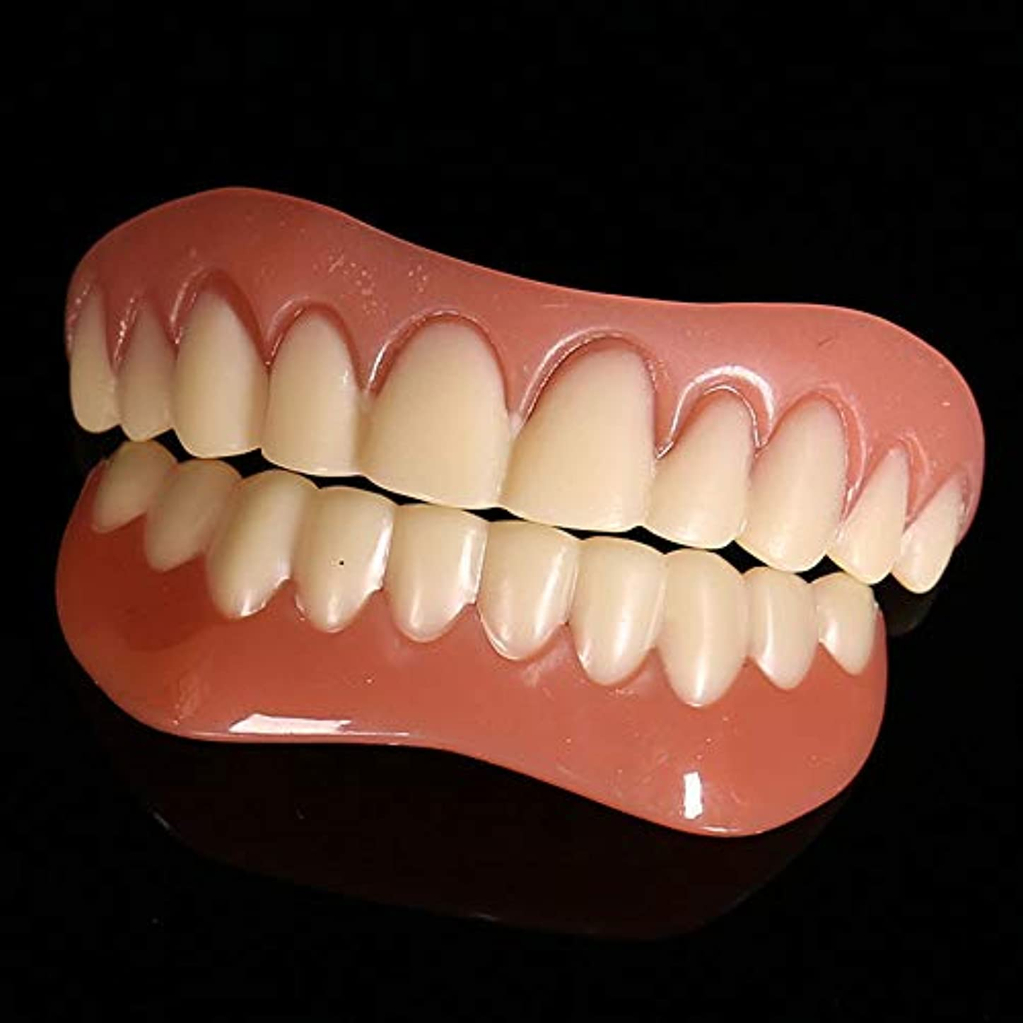 偽物山積みのファンタジー義歯シミュレーション入れ歯の6セットは、シリコーン現実的なホワイトニング中括弧を使用してサイクルを洗浄することができます