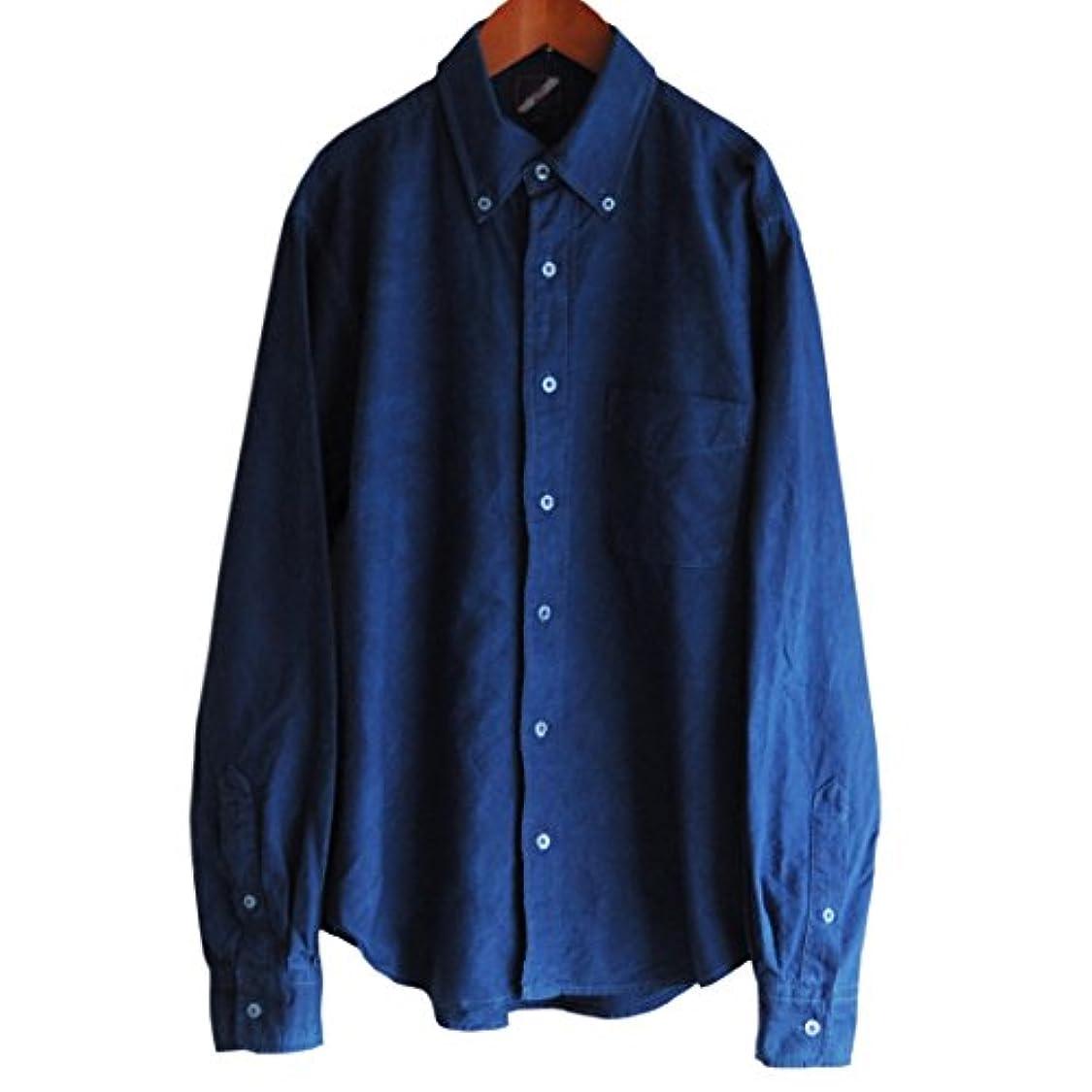 たらい持っているマーチャンダイジングメンズ琉球藍染めボタンダウン長袖オックスフォードシャツ