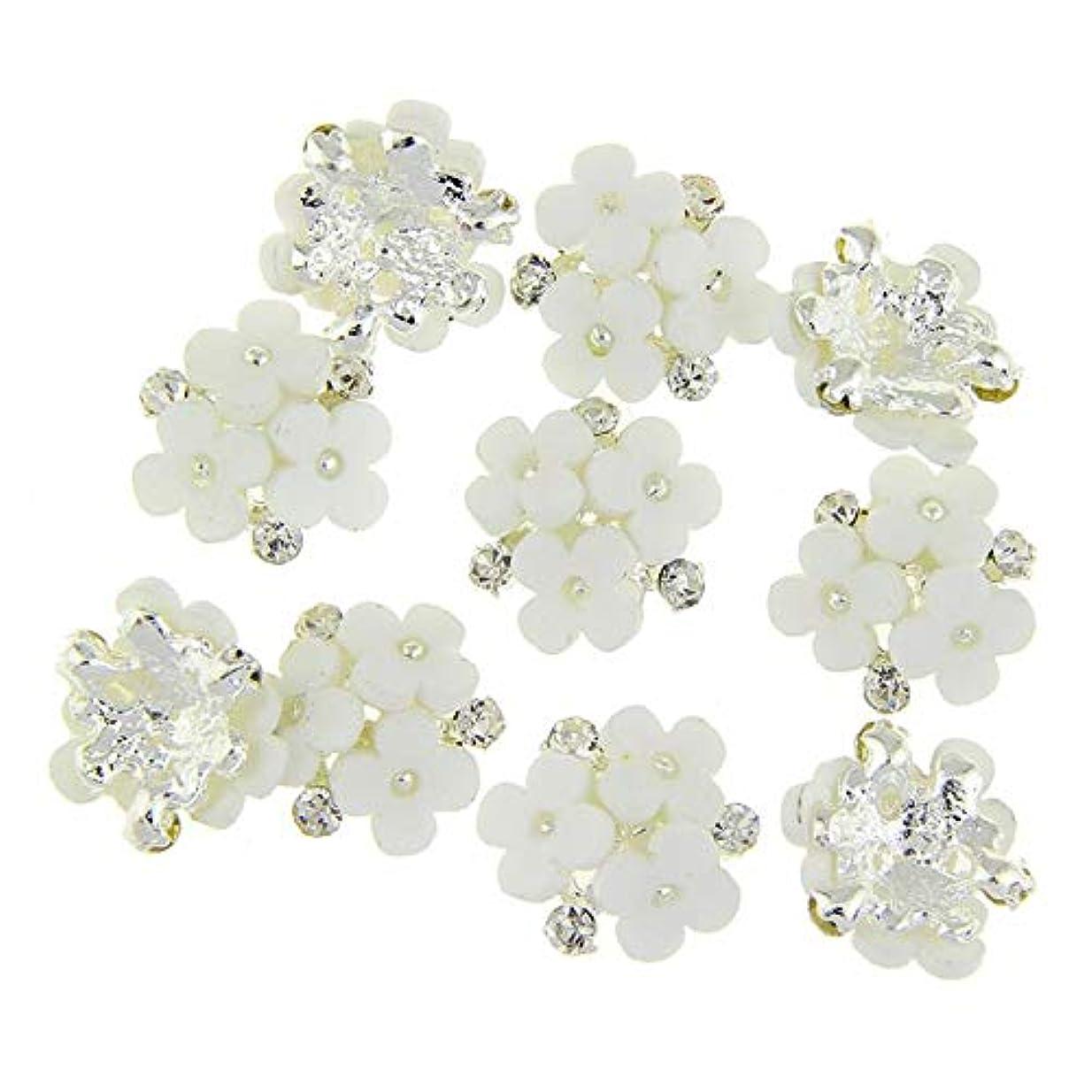 アクション配置弓ネイルズ3D花銀合金チャーム用10個/ロット三花柄ラインストーンは、アートの装飾ネイル