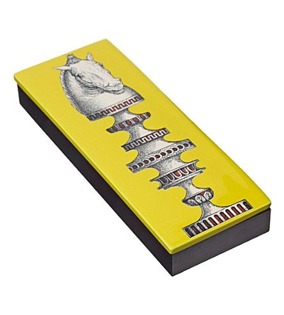 起訴する裸水陸両用Fornasetti木製ボックスand Incense Scacco al Cavallo蓋( 80 Sticks )