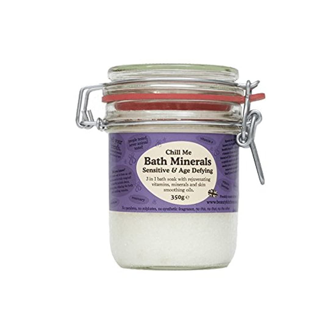 美しさのキッチンは私の敏感&年齢挑むバス鉱物350グラムを冷やします - Beauty Kitchen Chill Me Sensitive & Age Defying Bath Minerals 350g (Beauty...