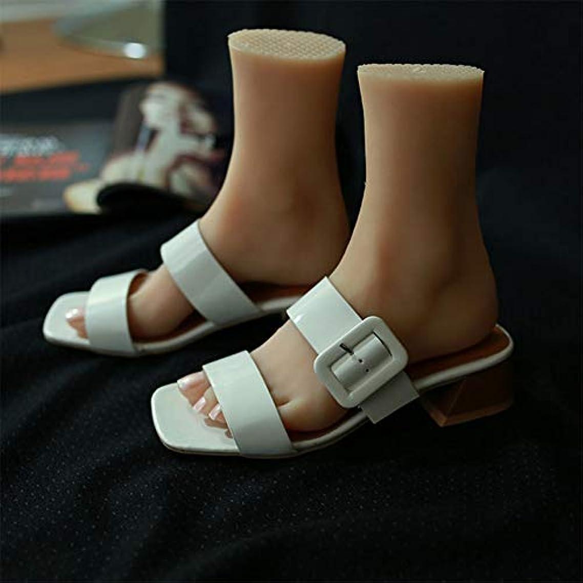 パット気絶させる同等のシリコーンライフサイズ子供マネキンの足1ペアJewerlyサンダル靴ソックスは、ネイルアートでスケッチを表示するディスプレイ