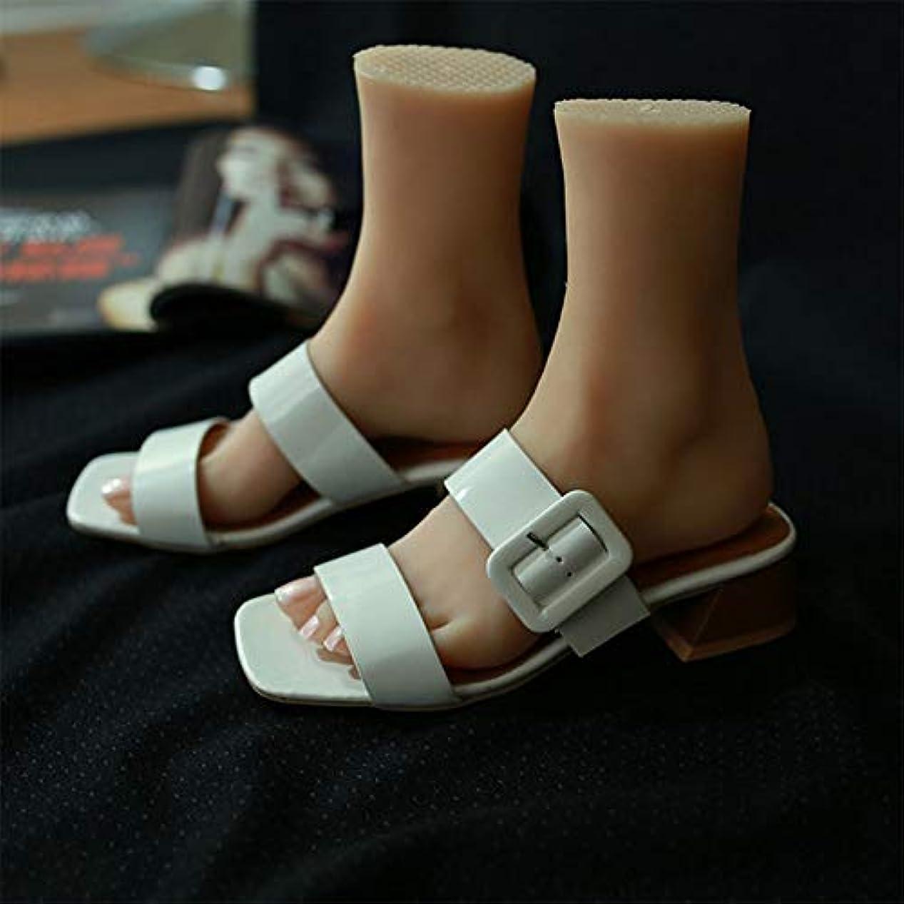 クックスタンド実験シリコーンライフサイズ子供マネキンの足1ペアJewerlyサンダル靴ソックスは、ネイルアートでスケッチを表示するディスプレイ