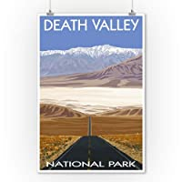 Highwayビュー – Death Valley National Park 9 x 12 Art Print LANT-23695-9x12