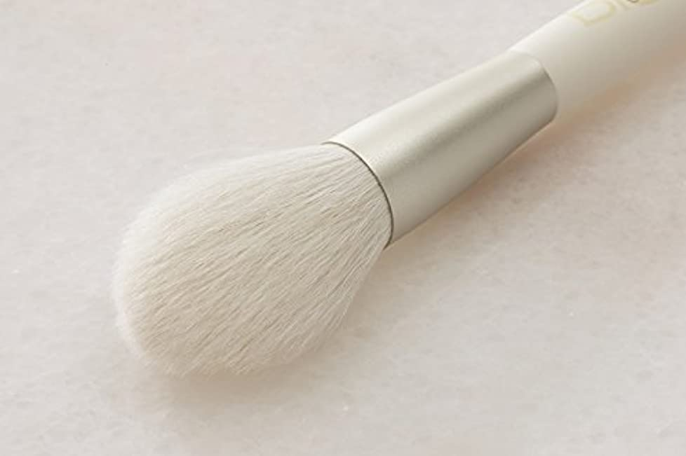 化粧ブラシ チークハイライトブラシ(丸) 日本製