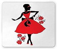 ファッションマウスパッド、昔ながらのふわふわのドレスプリントを着たレトロな女性のシルエット、標準サイズの長方形の滑り止めラバーマウスパッド、ブラックホワイトと朱色