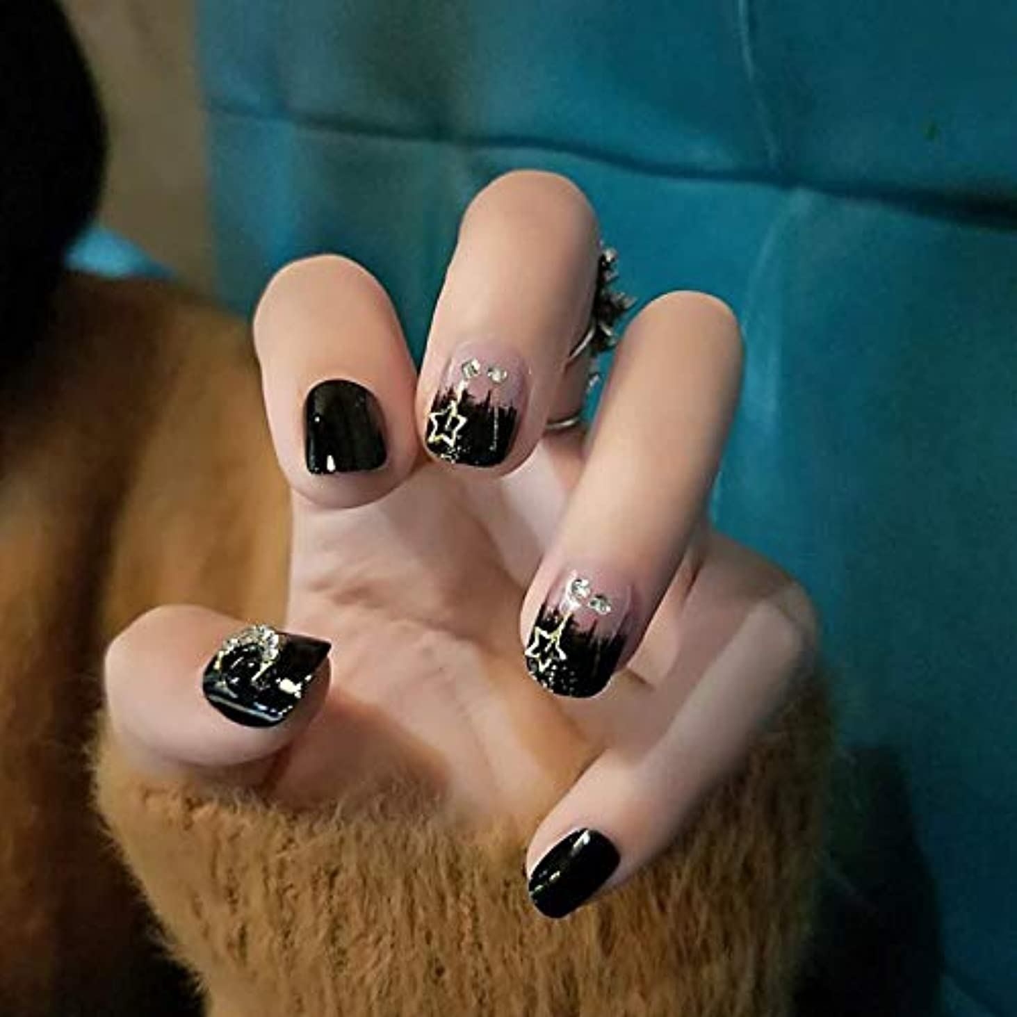ごみ杭連続したXUANHU NAIL PATCH ネイルチップ つけ爪 付け爪 つけ方簡単 ネイル デコネイルコレクション シール ハロウィン 母の日 パーティ 人気 毎日変身 24枚セット