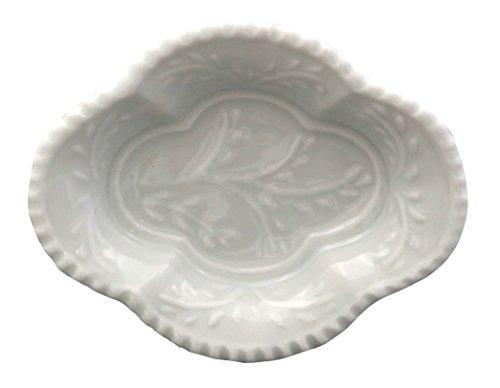 伊万里焼 徳七窯 お手塩皿 木瓜型 白磁