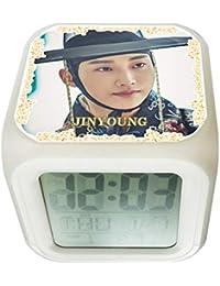 B1A4 ビーワンエーフォー ジニョン 光る時計 置き時計 デジタル時計 目ざまし時計