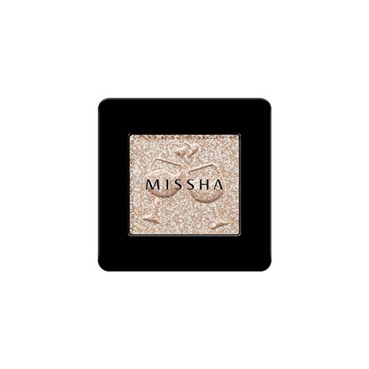 スピン小さい自転車[2016 F/W New Color] MISSHA Modern Shadow [Glitter]/ミシャ モダン シャドウ [グリッター] (#GBE03 Vanilla Champagne)
