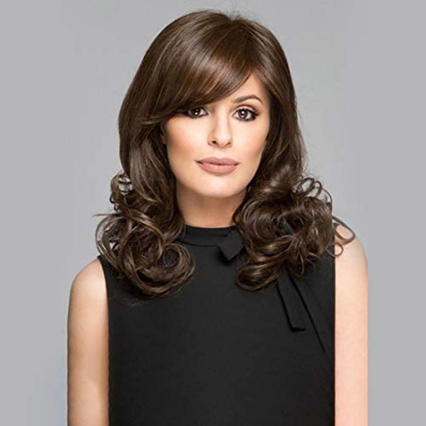 流すシルク忠実なSummerys 斜め前髪カールかつら自然な長い長い波状の耐熱性の交換かつら女性のための完全な合成かつら