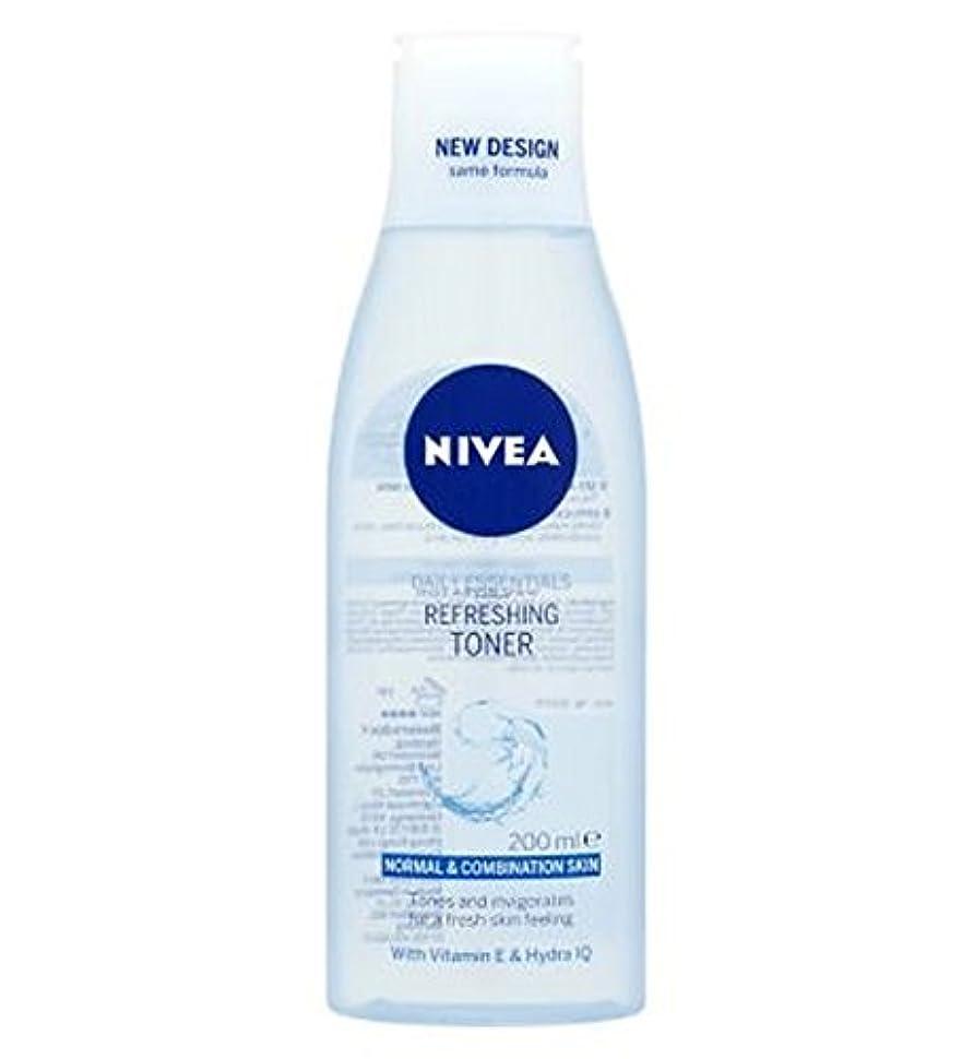 Nivea Daily Essentials Refreshing Toner 200ml - トナー200ミリリットルをリフレッシュニベア生活必需品 (Nivea) [並行輸入品]