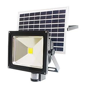 【ソーラー充電式・人感センサー搭載】30W LED投光器 1000ルーメン 昼光色 IP65防塵防水