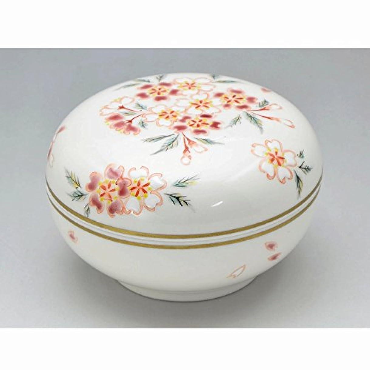 平行仮装自然公園京焼?清水焼 磁器 香合 花桜 紙箱入 Kiyomizu-kyo yaki ware. Japanese porcelain kogo incense burner hanazakura with paper box.
