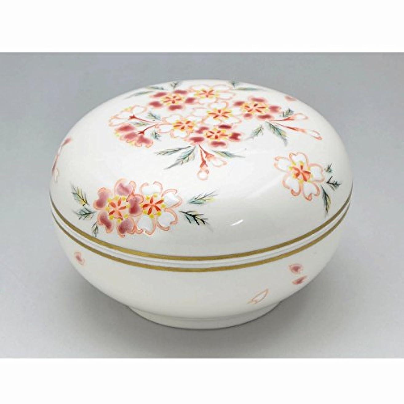 ファセットトラクターシフト京焼?清水焼 磁器 香合 花桜 紙箱入 Kiyomizu-kyo yaki ware. Japanese porcelain kogo incense burner hanazakura with paper box.