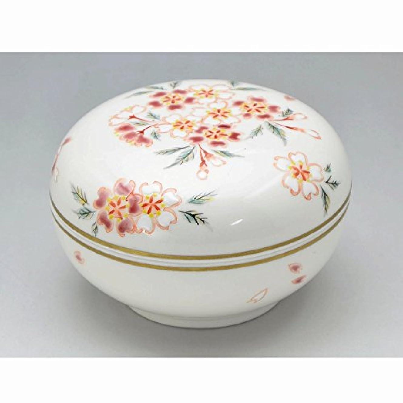 京焼?清水焼 磁器 香合 花桜 紙箱入 Kiyomizu-kyo yaki ware. Japanese porcelain kogo incense burner hanazakura with paper box.