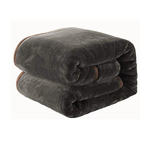 毛布 ブランケット 厚手毛布  フランネル マイクロファイバー 柔軟軽量 発熱効果 洗濯可能 静電防止 2枚合わせ 毛布(シングルサイズ140cm×200cm, ライトブラウン)