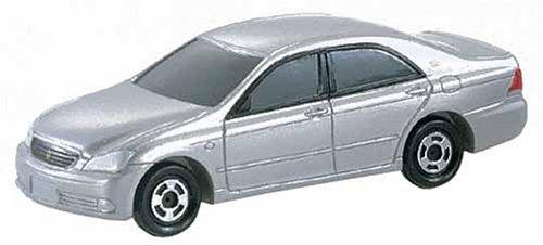 トミカ 032 トヨタ クラウン