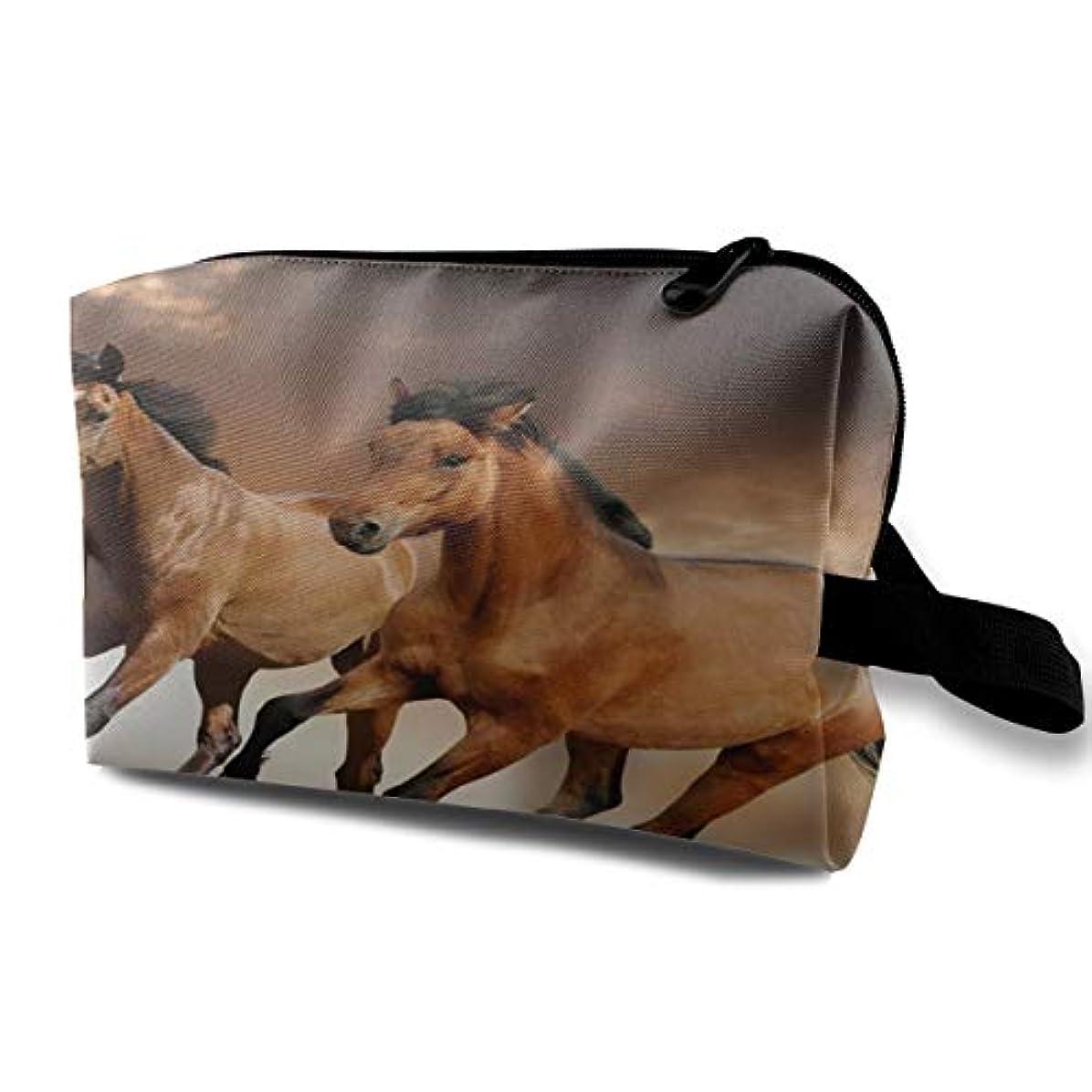 援助ベリーレーザRunning Horse 収納ポーチ 化粧ポーチ 大容量 軽量 耐久性 ハンドル付持ち運び便利。入れ 自宅?出張?旅行?アウトドア撮影などに対応。メンズ レディース トラベルグッズ