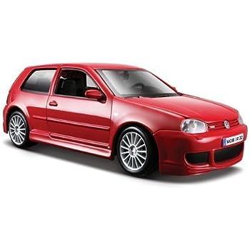 Volkswagen Golf R32 Blue 1:24 Diecast Model Car Maisto by Maisto [並行輸入品]