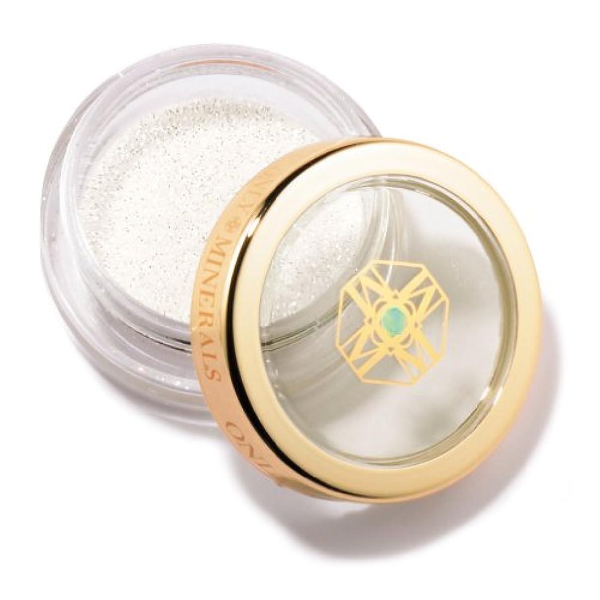 存在破壊的使役オンリーミネラル アイシャドウ ダイヤモンド 1g