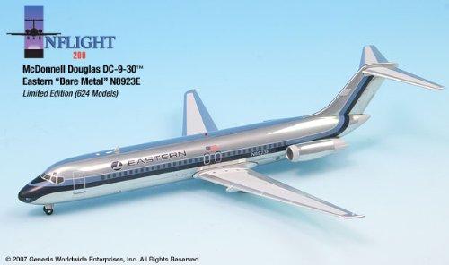 1: 200 インフライト Eastern 航空 DC-9-32 Bare Metal (並行輸入)