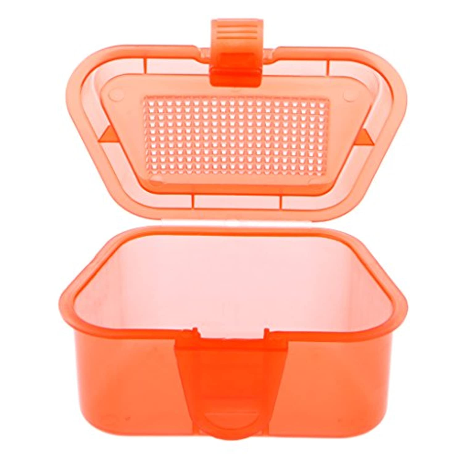 愛する開いたチャンピオンシップLIYUDL Breathable Plastic Fishing Bait Container Live Worms Earthworm Lures Storage Box Tackle