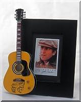 JOHN LENNON ジョン レノン ミニチュア ギター付きピクチャー フレーム イマジン ビートルズ