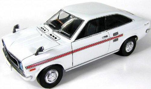 1/24 ニッサンB110 1200クーペGX/GX-5 1972 (白)