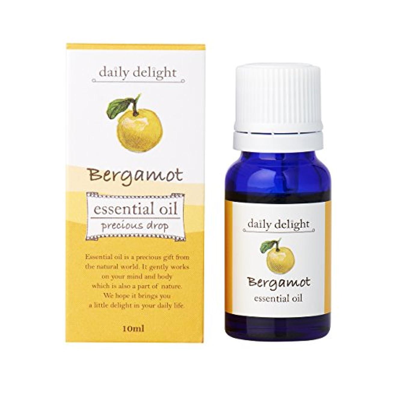 スラム耐えられない効果デイリーディライト エッセンシャルオイル  ベルガモット 10ml(天然100% 精油 アロマ 柑橘系 甘さが少なめでみずみずしく美しい香り)