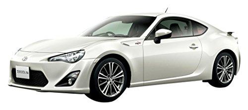 トヨタ 86 2012 サテンホワイトパール 塗装済みプラモデル
