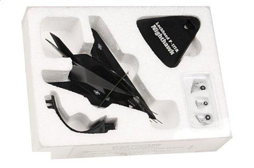 1:144 De Agostini 飛行機 223096 ロックヒード F-117A ナイトホーク ダイキャスト モデル USAF 49th FW 8th FS 黒 シープ Holloman AFB【