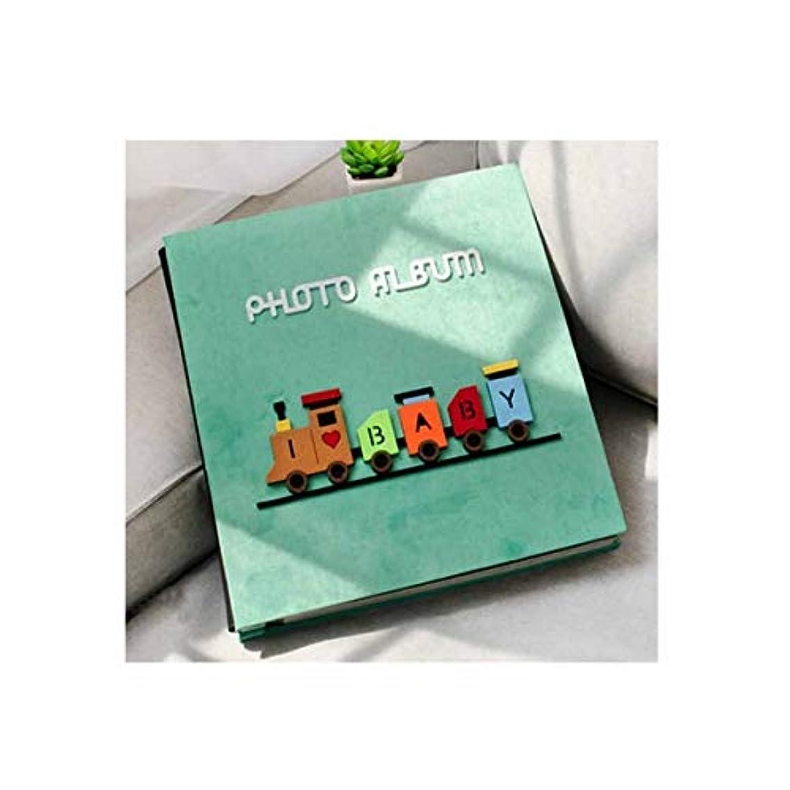 耐久素晴らしいですカリキュラムSLY フォトアルバム、粘着性のある伝統的なフォトアルバム、手作りの漫画の赤ちゃん子供の成長記録簿(400枚の写真を収容可能、グレー) (Color : B)