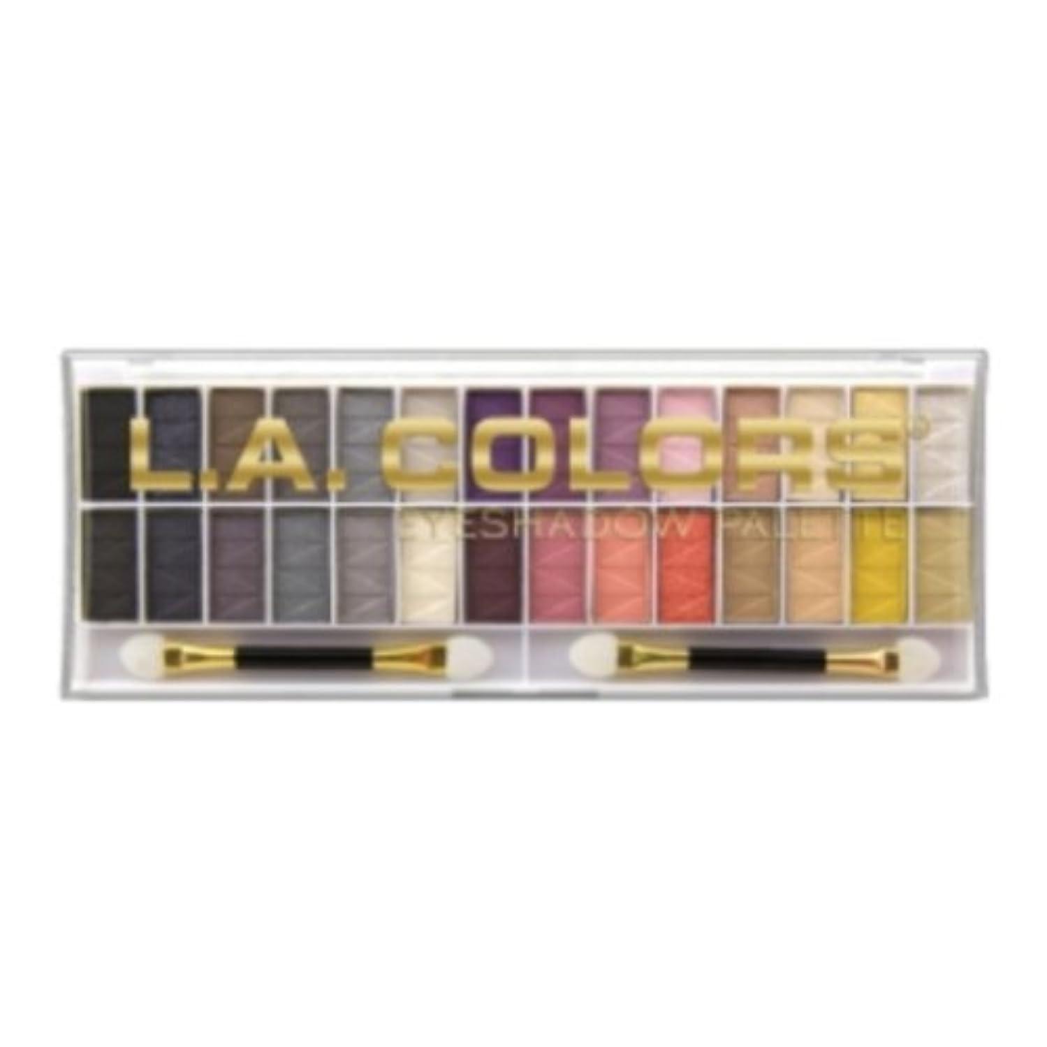 スクリーチ卑しい操作L.A. COLORS 28 Color Eyeshadow Palette - Malibu (並行輸入品)