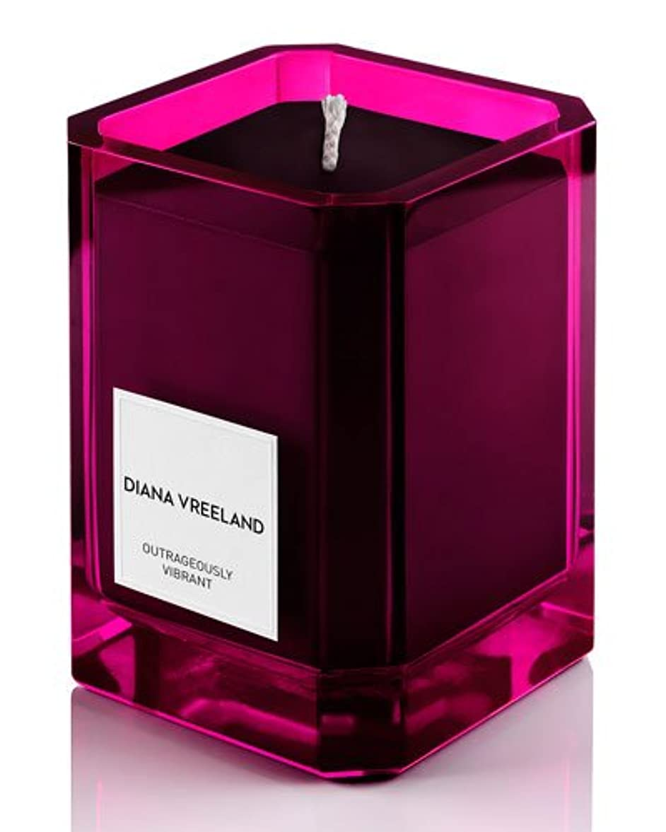 タイトル全くしたがってDiana Vreeland Outrageously Vibrant(ダイアナ ヴリーランド アウトレイジャスリー ヴィブラント)9.7 oz (291ml) Candle(香り付きキャンドル)