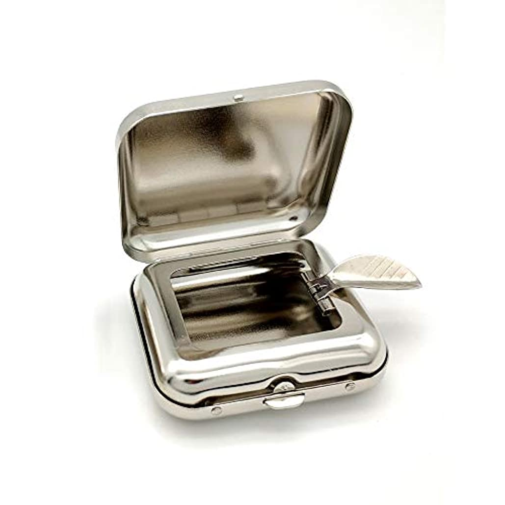 熱フライカイト一晩自動ポップアップ灰皿の金属の携帯用灰皿が付いている小型正方形の灰皿の緑のポケット