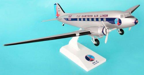 1: 80 スカイマークス Eastern 航空 DC-3 with Landing Gear (並行輸入)