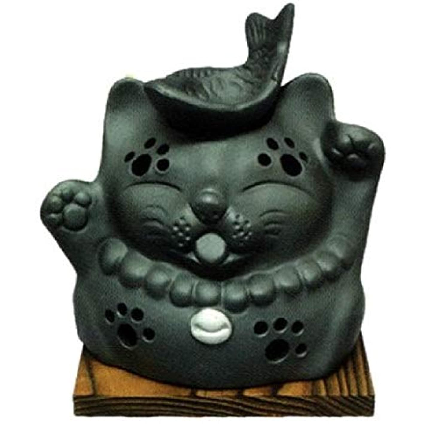 演じる品さびた常滑焼?山房窯 カ39-12 茶香炉 猫と魚 杉板付 径12.5×12cm