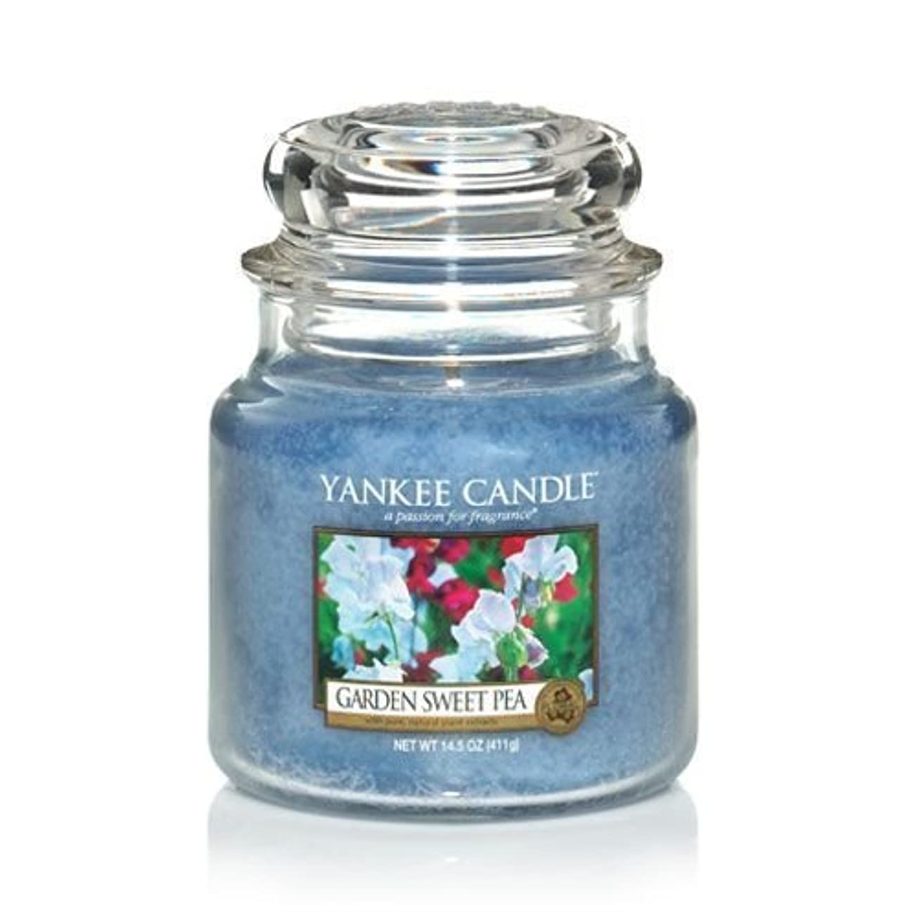 パッド歪める航空Yankee Candle 14.5 Oz Jar Candle Garden Sweet Pea by Yankee Candle [並行輸入品]
