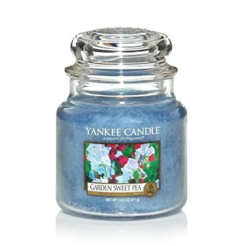 コンクリートどきどき正直Yankee Candle 14.5 Oz Jar Candle Garden Sweet Pea by Yankee Candle [並行輸入品]
