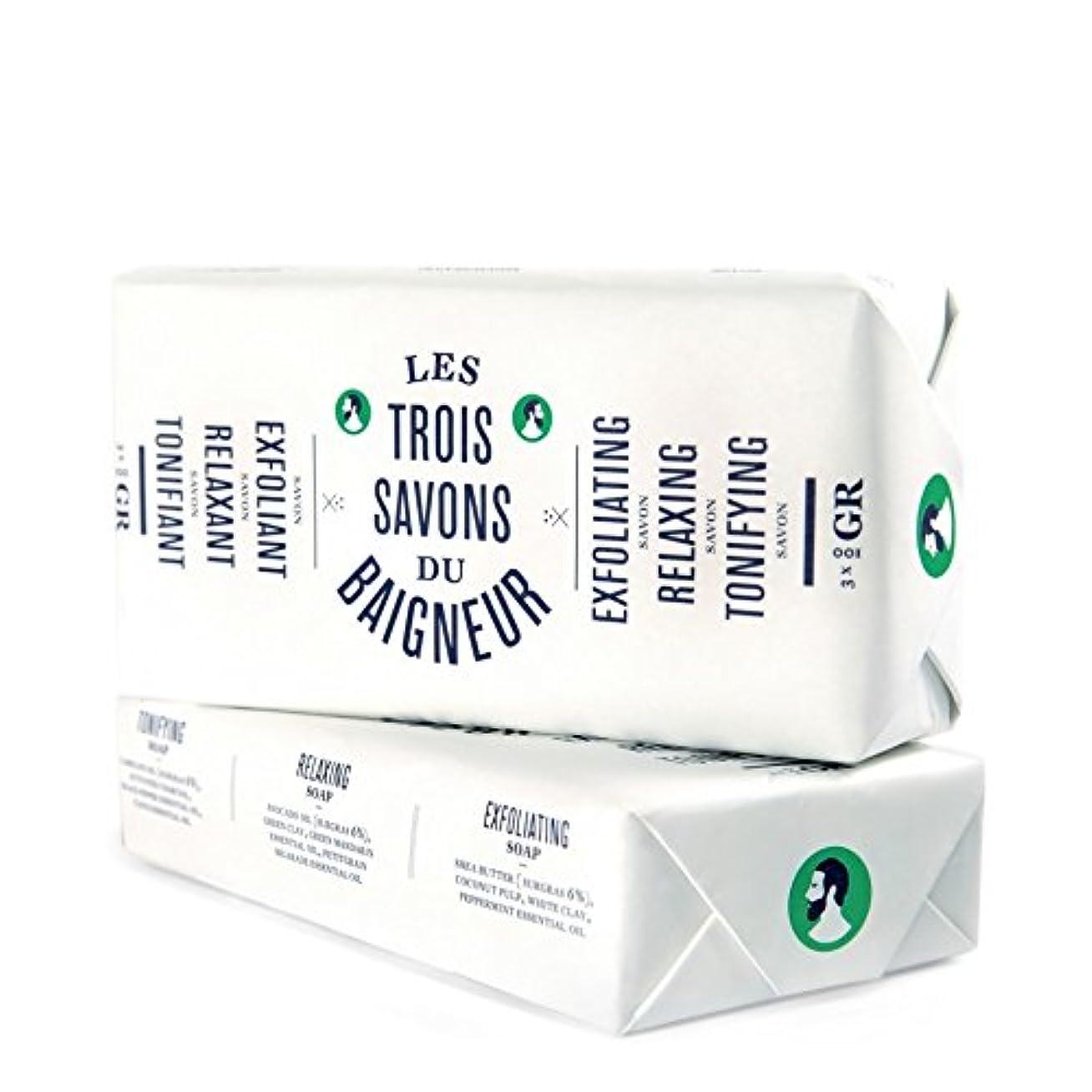 不機嫌そうなナット日付付きル石鹸セット300グラム x4 - Le Baigneur Soap Set 300g (Pack of 4) [並行輸入品]