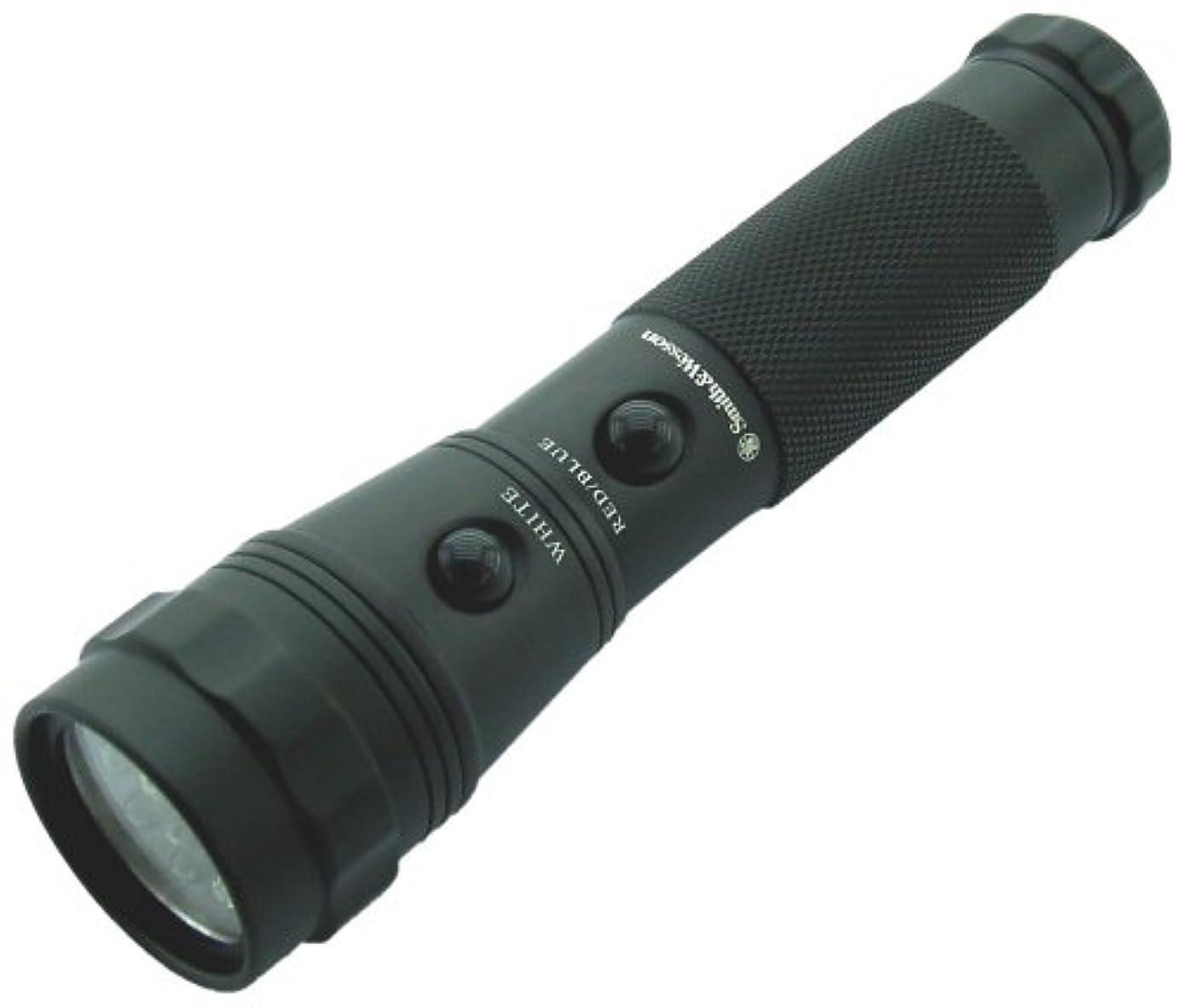 憂慮すべき強制的繰り返したSmith and Wesson Galaxy 12 LED Flashlight by Smith & Wesson