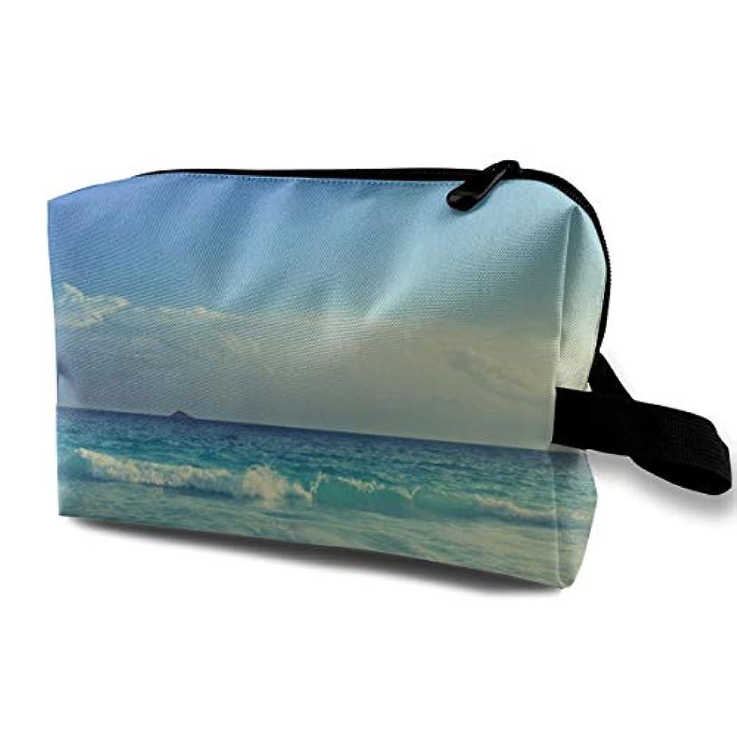 モールス信号始まり白菜Seychelles Beach 収納ポーチ 化粧ポーチ 大容量 軽量 耐久性 ハンドル付持ち運び便利。入れ 自宅?出張?旅行?アウトドア撮影などに対応。メンズ レディース トラベルグッズ