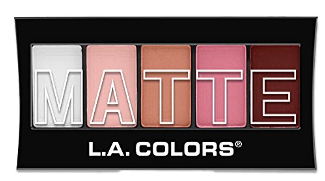 メインとても多くの日常的にL.A. Colors Matte Eyeshadow - Pink Chiffon (並行輸入品)