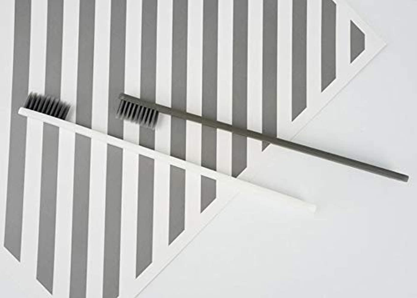 フリンジバレエ影響力のあるホテル歯ブラシ - 5個のファッション 活性炭歯ブラシ 家族のための 口腔洗浄ツール(グレー)