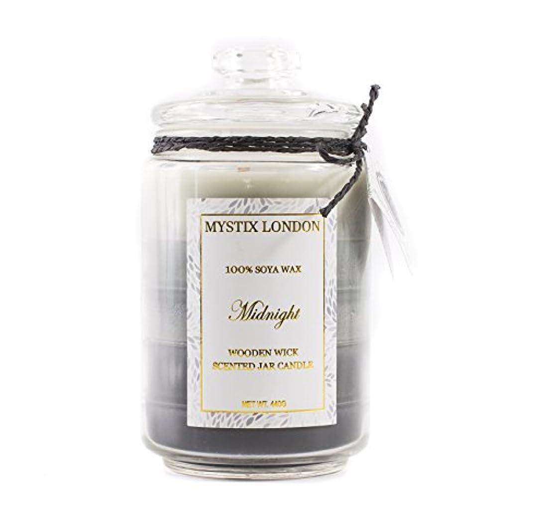 畝間引き受ける顔料Mystix London Midnight Wooden Wick Scented Jar Candle 440g
