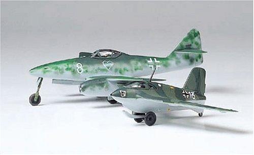 1/100 コンバットプレーンシリーズ メッサーシュミット Me262A&Me163B