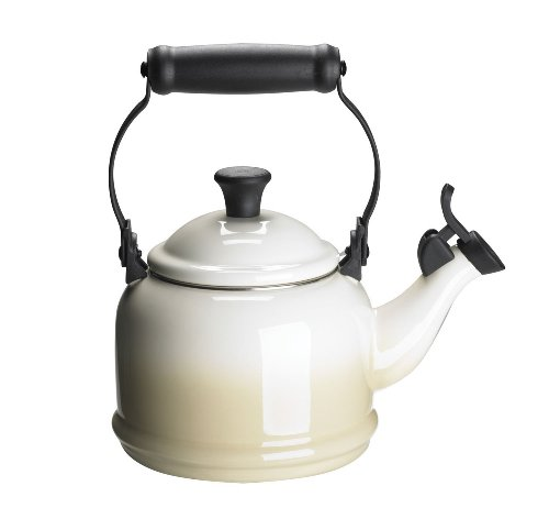 Le Creuset Enamel-on-Steel Demi 1-1/4-Quart Teakettle, Dune [並行輸入品]